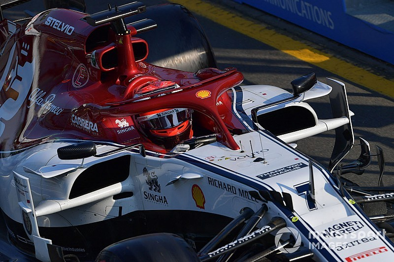 """Una visiera a strappo rallenta Kimi: """"Potevo fare meglio, l'Alfa Romeo è molto veloce"""""""
