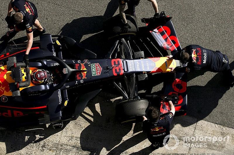 Verstappen aan de kant met versnellingsbakproblemen, Ferrari is klaar