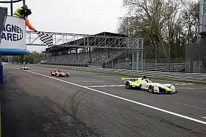 Monza, Gara 2: Capolavoro di Davide Uboldi che parte ultimo e torna alla vittoria