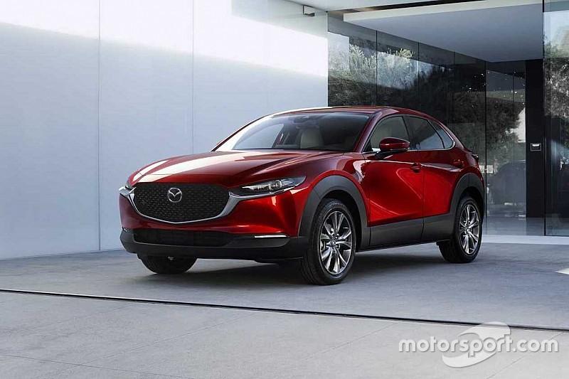 Mazda представила в Женеві гібридний кросовер CX-30