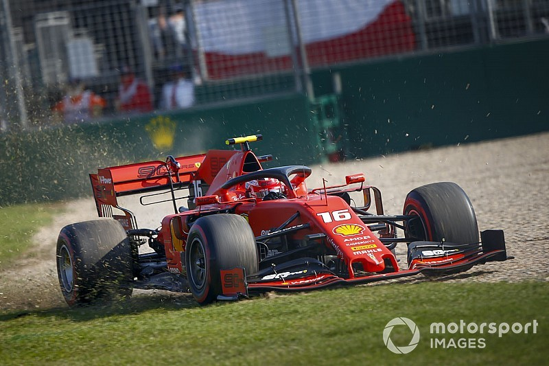 """Leclerc: """"La Mercedes è forte, ma noi siamo molto più vicini di quanto visto oggi"""""""