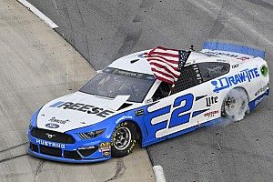 Brad Keselowski takes dominant Martinsville win over Elliott