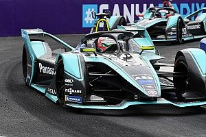 Piquet replaced by Lynn at Jaguar Formula E team