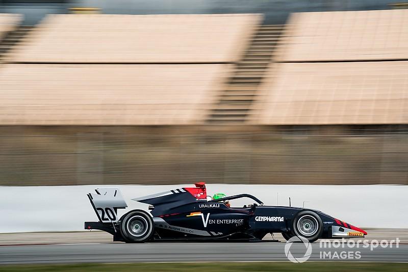 Pulcini cierra en cabeza el test de la FIA F3 en Barcelona