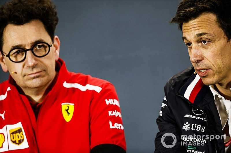 «Им надо лечиться». Вольф сравнил проблемы Ferrari с болезнью