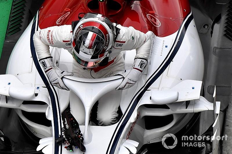 """Leclerc, primo degli """"altri"""" con la Sauber, mostra le sue credenziali"""
