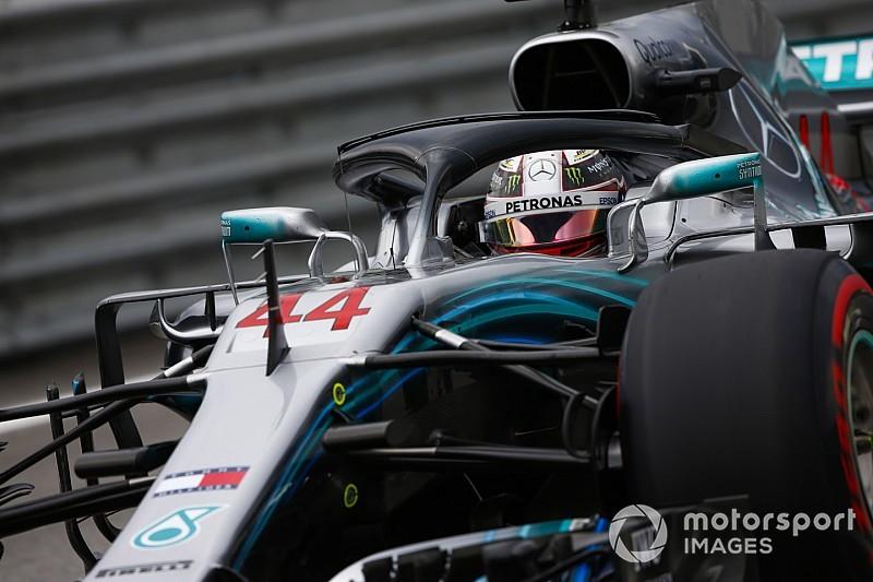 """F1, GP Brasile: Hamilton batte Verstappen grazie al """"regalo"""" di Ocon"""