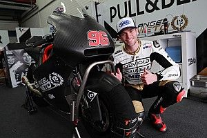 Jake Dixon songsong debut Moto2