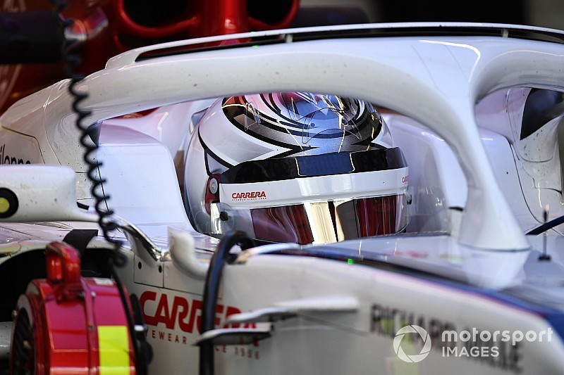 Raikkonen volta pagina: non c'è più il rosso sul casco per i Test Pirelli di Abu Dhabi