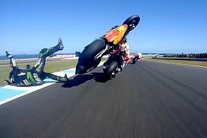 El toque entre Zarco y Márquez a 300 Km/h que pudo acabar en tragedia