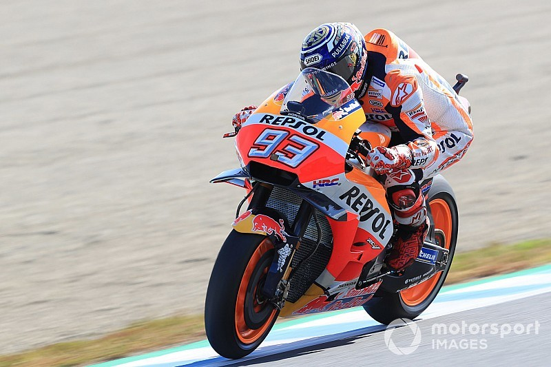 MotoGP日本GP決勝:マルケス、死闘を制しタイトル3連覇達成