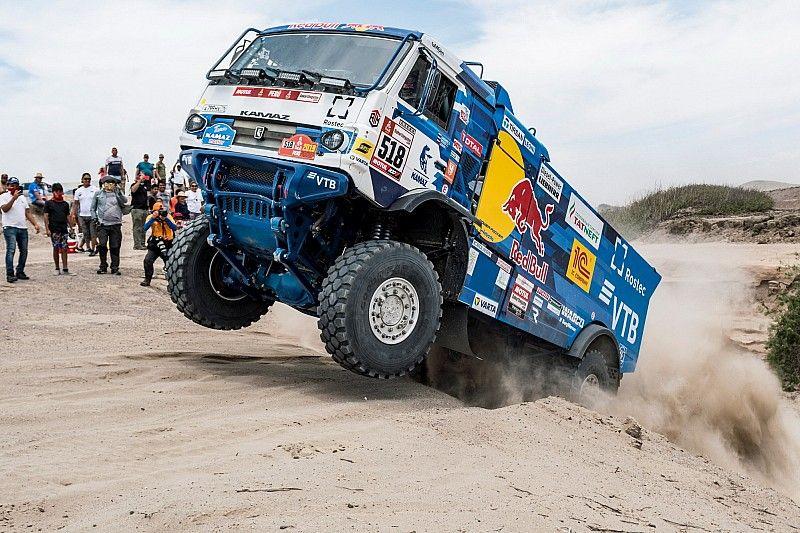 Dakar'da taraftara çarpan Kamaz sürücüsü diskalifiye edildi