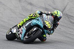 Rossi: es necesario hablar con los pilotos de Moto3 de seguridad