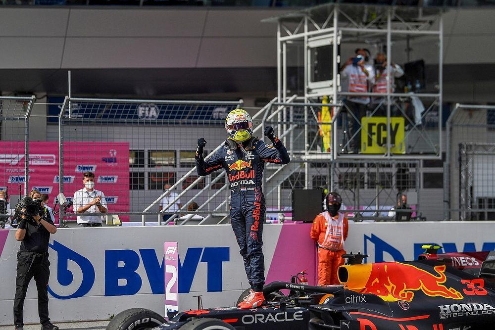 """Verstappen: """"RB16B, Avusturya'da oldukça üstündü"""""""