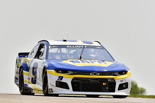 NASCAR Road America: Elliott returns to form with win