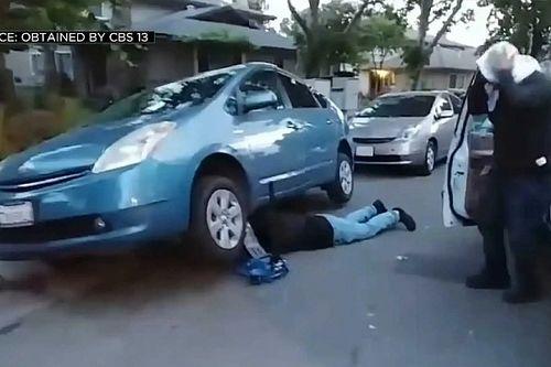 Videón, ahogy tetten érnek egy katalizátor-tolvaj bandát