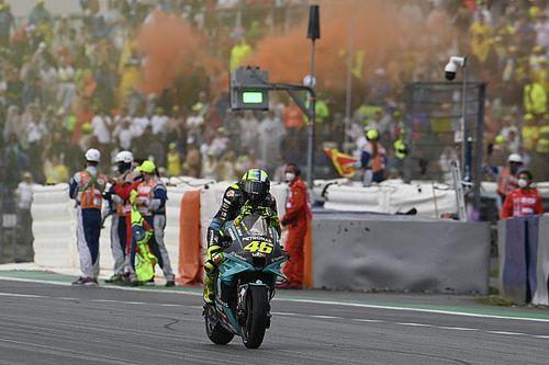 Pesona Valentino Rossi Buat Raul Fernandez Terkesima