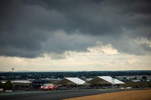 Sustos varios y problemas para Molina en el amanecer de Le Mans
