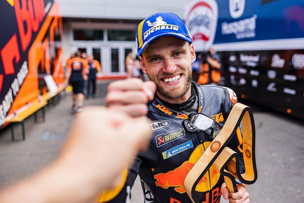 Analyse: Hoe Binder op slicks zegevierde in de Oostenrijkse MotoGP-chaos