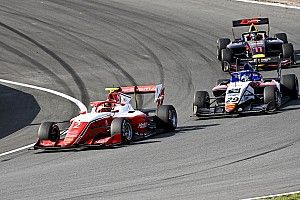 F3 Zandvoort: Leclerc holds off Sargeant for second win of the season