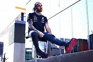 Хэмилтон: В отпуске Red Bull надо бы подумать над своими словами