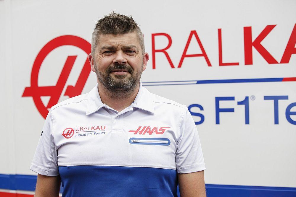 Werk in F1: Hoe word je garage- en bandentechnicus? Opleiding, vaardigheden en meer
