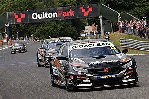 Oulton Park BTCC: Rowbottom beats Shedden for maiden win after red flag