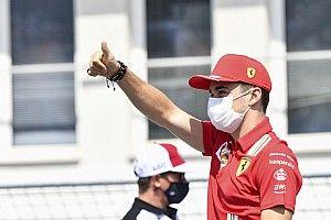"""Leclerc világbajnok alkat, mert """"meghökkentő mentális ereje van"""""""