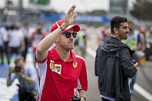 Vettel összeroppant nyomás alatt, Grosjean terapeutája kellene neki?