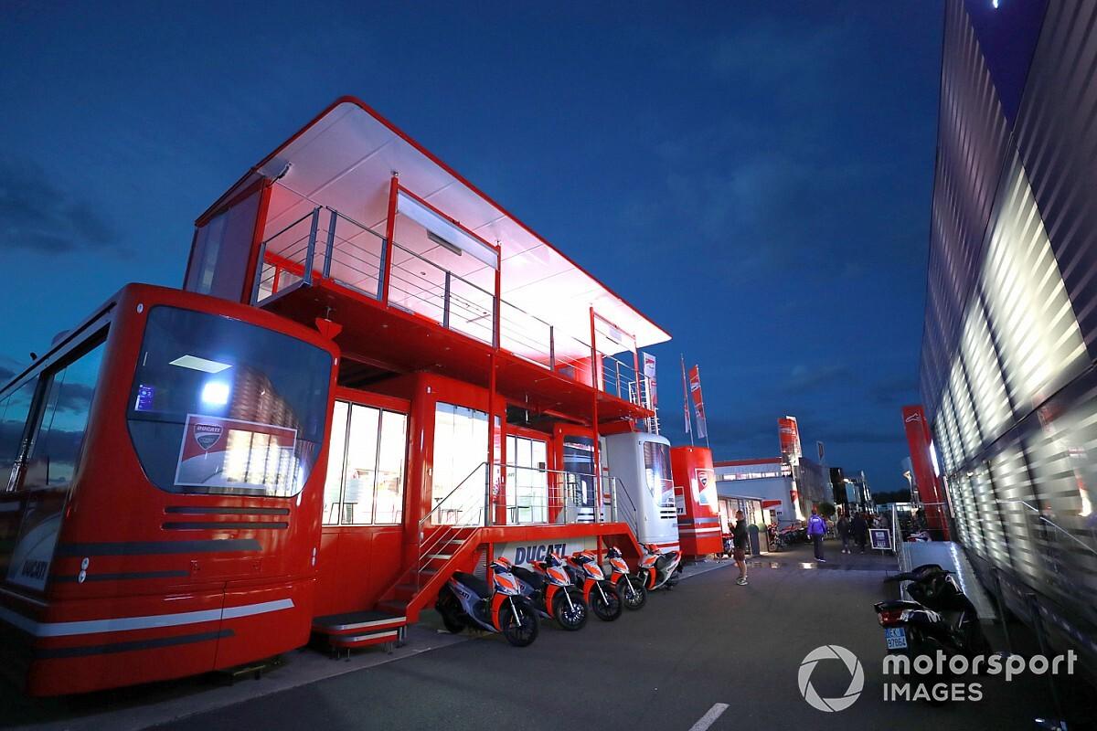 "Ducati s'attend à devoir passer à quatre motos ""tôt ou tard"""