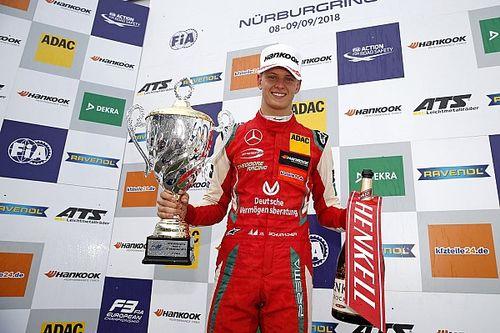 """Berger: """"Mick laat steeds meer Schumacher-genen zien en gaat F1 halen"""""""
