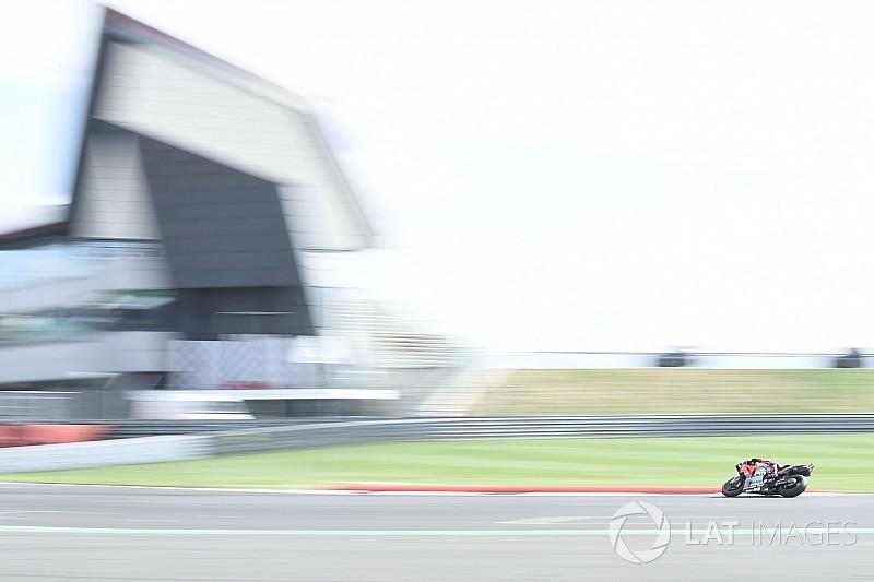 La carrera de MotoGP en Silverstone se adelanta para sortear la lluvia