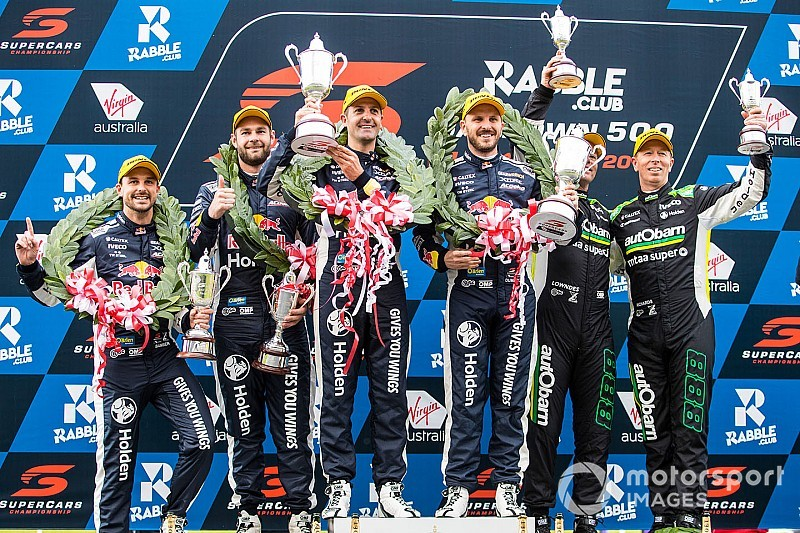 Sandown 500: Whincup/Dumbrell lead Triple Eight trifecta