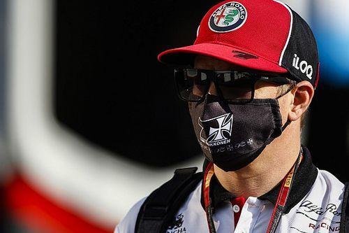 Räikkönen az Instagramon szólt be Hamiltonnak