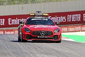Mercedes спросила разрешения у Ferrari перекрасить машину безопасности в красный