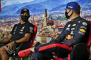 Verstappen shrugs off suggestion Hamilton should join Red Bull