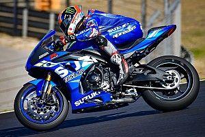 Los pilotos de MotoGP prueban en Barcelona antes de partir hacia Qatar