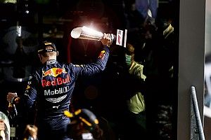 """Verstappen: """"Gara noiosa, le Mercedes erano troppo veloci"""""""