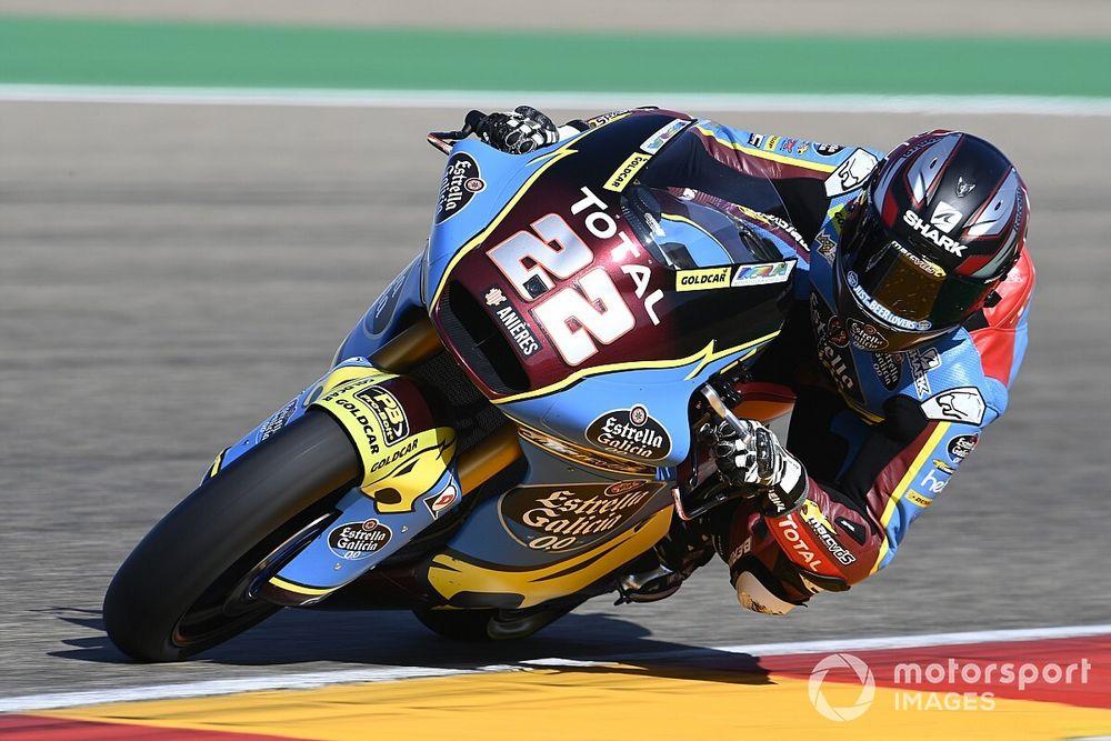 Moto2, Teruel: pole da record per Lowes, italiani attardati