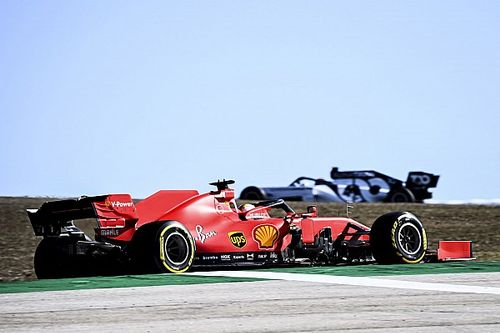 Vettel vertrouwt Ferrari dat hij en Leclerc dezelfde auto krijgen