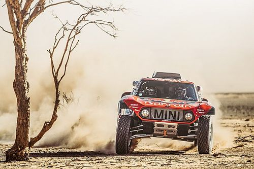 Sainz et Peterhansel remettent ça avec Mini sur le Dakar