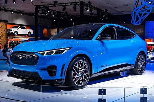 Новый Ford Mustang построят на платформе Volkswagen