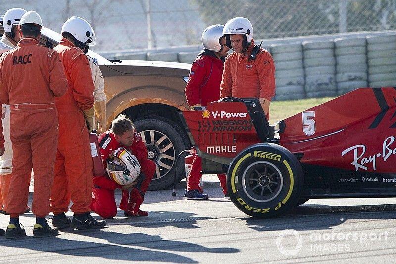 Ferrari: Vettel fermo, si è rotto il motore della SF1000