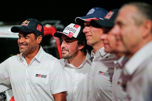 Atual campeão do Dakar elogia Alonso e quer Button no rali