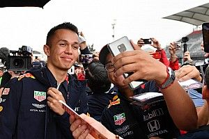 "Albon: ""Special"" fan connection will transfer to real life"