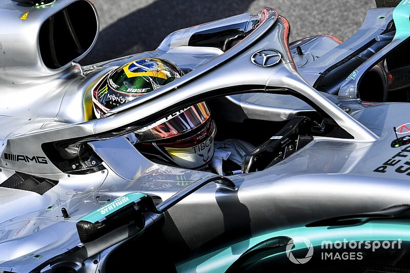 Hamilton nem a pénzért versenyez, és nem fél