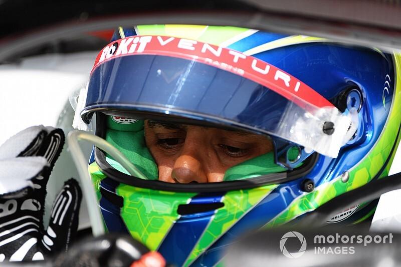 """Massa: """"Leclerc, Ferrari'nin geleceği olabileceğini kanıtladı"""""""