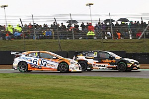 "Cammish feels ""numb"" after late BTCC heartbreak"