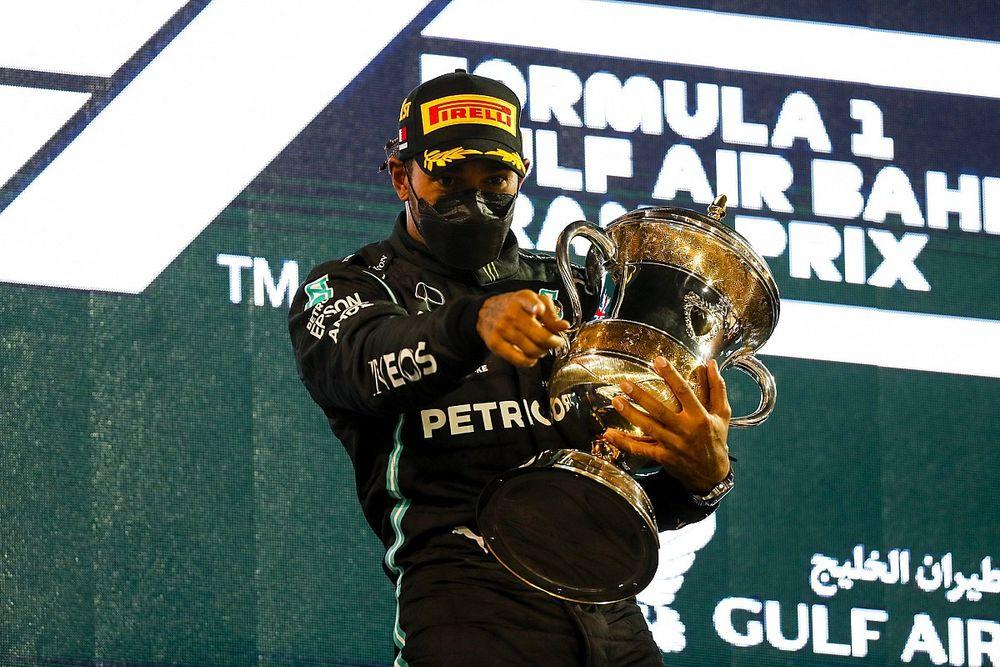 """هاميلتون: الفوز في البحرين بسيارة أبطأ """"فرصة لإثبات خطأ الآخرين"""""""