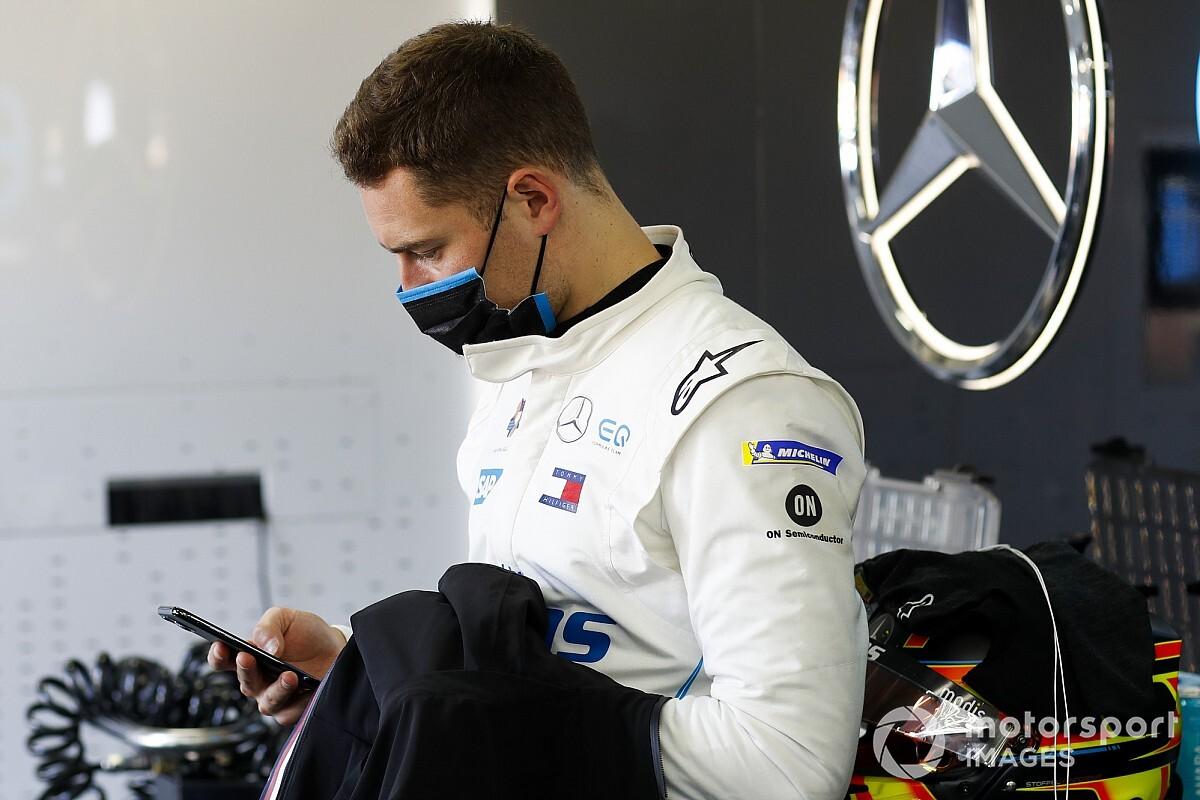 "Vandoorne admits ""it hurts"" Mercedes didn't pick him"